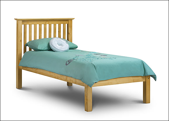 Pine Barcelona Bed With Hide Away Guest